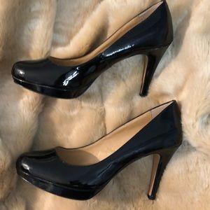 Circa Joan & David Size 10 patent Leather Heels